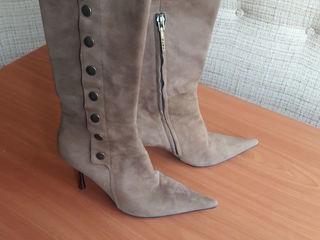 Pentru femei ghete  Женские сапоги,  не новые, натуральный замша,  размер 38.5, туфли кожа 41 Дёшево