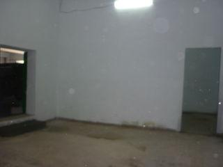 Сдаем 500 или 400 кв. м. под склад (производство) или в коммерческих целях в Унгены, по ул. Штефан ч