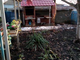 Vind casa (88m2 pe 22 sote de pamint), r-nul Sîngerei, sat. Bilicenii Noi. 10km de la or.Balti