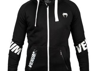 Costum sportiv Venum.Спортивный костюм Venum  Marimea M,L,XL  !!! 100% original
