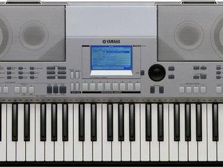 Синтезатор Yamaha PSR S500. Sintetizator, clapa, ionica.