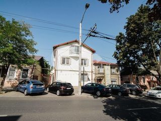 Sp. Comercial spre chirie, 120 mp, Centru, str. Vasile Alecsandri 1000 € !