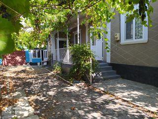 Продается дом с жилым сараем