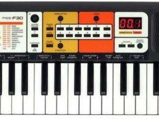 Синтезатор для детей Yamaha PSS F 30 . Доставка по всей Молдове. Оплата при получении.