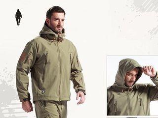 Ветрозащитный и водонепроницаемый костюм цена 1550 лей
