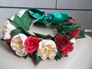 Fac la comanda flori din hârtie creponată