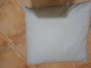 Пухо-перьевая подушка 60 см х 60 см