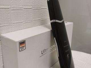 Аппарат для ультразвуковой чистки лица из Германии.