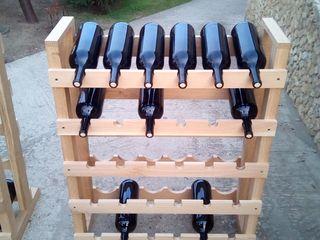 Rafturi pentru sticle cu vin (vinoteca)