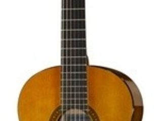 Chitara clasica Yamaha CS40 II NT 3/4 . Livrăm în toată Moldova,plata la primire.