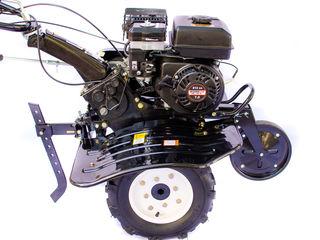 Motobloc benzina 7 cai cu reductor din ciugun cu roti in complect freza cu 8 sectii garantie 2 ani !