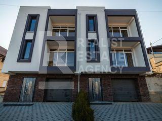 Duplex cu terasă spațioasă amplasat în zonă liniștită, str. Andrei Vînaru, Codru