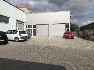 Boxă de reparații auto la Autoservis.