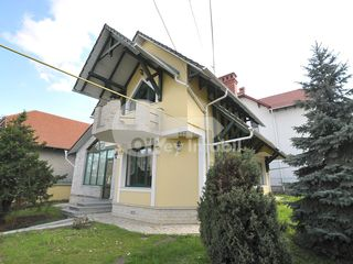 Casa cu 2 nivele, Telecentru, reparație euro, 1000 € !