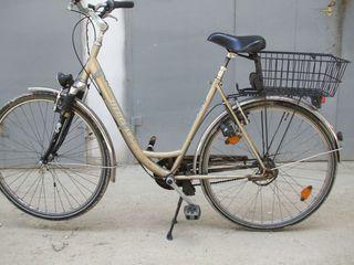 Bicicleta pentru dame.