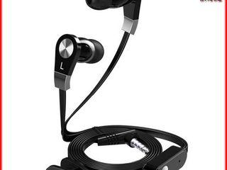 Проводные наушники фирмы Langston. Bluetooth адаптер для любых наушников и колонок. Годится в AUX
