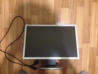 Монитор Samsung syncmaster 940nw