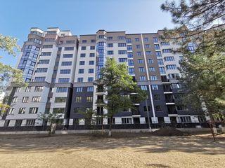 Apartament cu 2 camere separate+living in complex Exfactor sec. Centru!