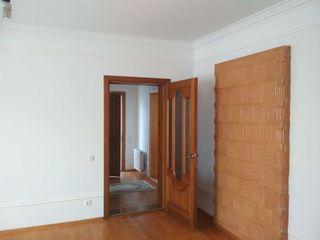 Дом в Колонице 9х12 есть гараж и подвал ,участок 10 соток