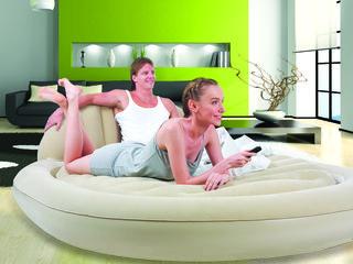 Подходящая надувная кровать или матрас для любого случая