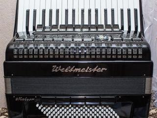 Cumpar acordeon Weltmeister in orice stare la piese sau in stare buna de funcționare, Negociabil.