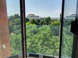 Valea Trandafirilor, 49 m.p. 1 cameră, bucătărie + living !
