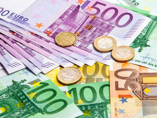 1,0 % -1,5 % в месяц - выдаём кредиты для физических лиц от 2 000 до 30 000 евро. Надо иметь залог -