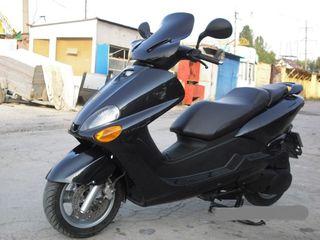 Yamaha  Majesty 125  150  180  250  Versiti  300  любые  комплектующие