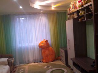 Apartamentul in stare foarte buna intrati si locuiti