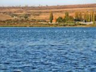 Lacul Ghidighici 15 ari (sote) pe malul drept!