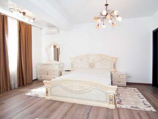 Ciuflea, 3 camere în bloc nou, 85 mp, reparație euro, Centru 450 €