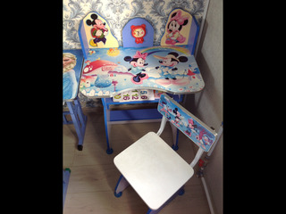 Стол со стульчиком