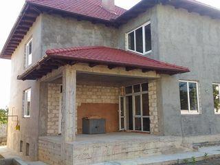Продаю дом в элитном районе, сектор Миорица, ул. Радауцан,все коммуникации