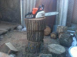 Пилю,колю дрова. Комрат.