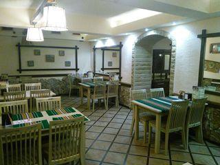Срочно!!Ресторан в центре города ул.Штефан чел Маре.