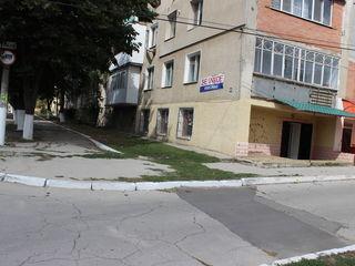Продается помещение - 49 квм город Хынчешть!
