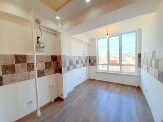 Bloc nou, 2 dormitoare separate Euroreparat (In rate doar cu Buletinul) Prima rata doar 13500euro)