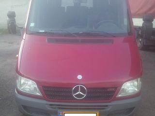 Mercedes autobus 17 locuri