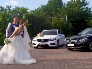 Mercedes-Benz albe/negre Hyundai Santa FE albe Transport cu sofer VIP class De la 50 €/zi