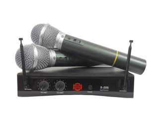 Sistem Wireless cu Doua Microfoane Show X-200R/X-100H
