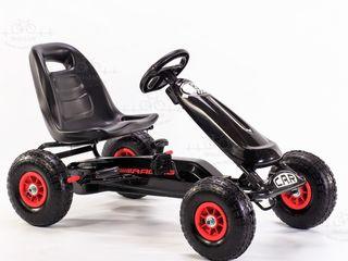 """Carting pentru copii cu pedale """"car 8 negru"""""""