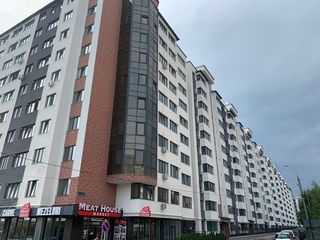 Se vinde apartament cu 2 odai, incalzire autonoma, varianta alba, 57 m.p..