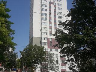 Apartament cu terasa de la proprietar