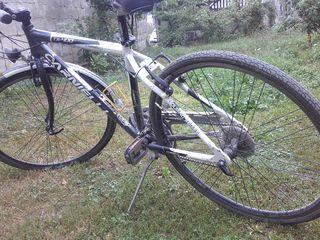 Bicicletă carneli