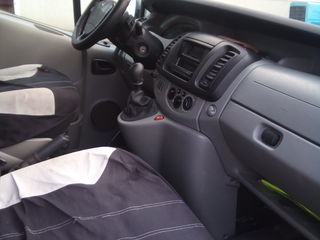 Renault trafic autoturizm