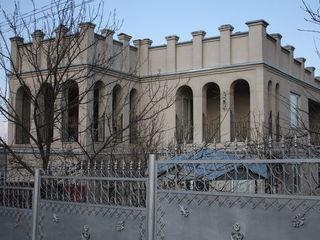 Продается 2х этажный дом в с. Хаджимус Каушанского района