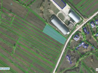 Ровный участок под строительство 16 соток, в новом секторе в Сурученах