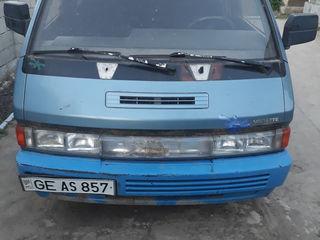 Nissan Altele
