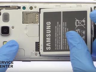 Samsung Galaxy J4 2018 (SM-J400FZKHSER)  Nu ține bateria telefonului? Noi ți-o schimbăm foarte ușor!