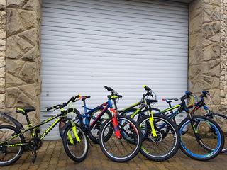 Большой выбор новых подростковых велосипедов.
